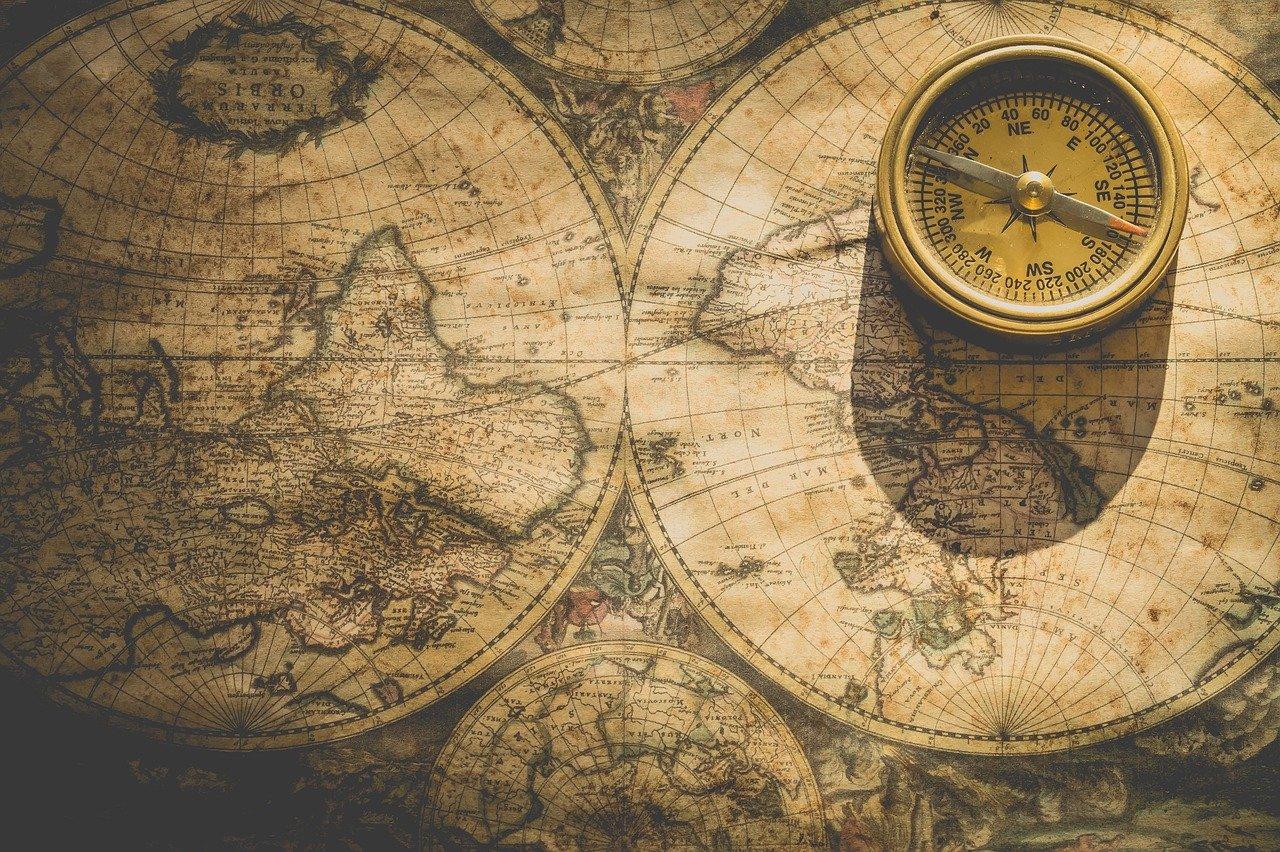 Karte-Kompass_Nietjuh-pixabay